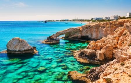 Chypre : séjour 8j/7n en hôtel 5* + demi-pension, vols & transferts inclus