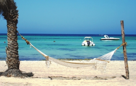 Djerba : vente flash, séjour 8j/7n en hôtel 4*, demi-pension offerte, - 39%