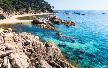 Costa Brava, printemps/été : week-end 3j/2n en hôtel proche plage + demi-pension