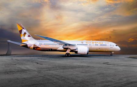 Etihad Airways : Offre spéciale vols A/R Paris - Abu Dhabi à partir de 439 €