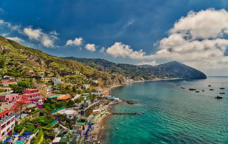 Italie, Ischia : vente flash, week-end 4j/3n en hôtel 4* + petits-déjeuners + vols, - 77%