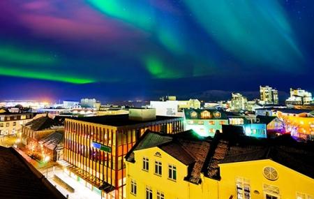 Islande : autotour 8j/7n en hôtels + pension selon option + loc. de voiture & vols