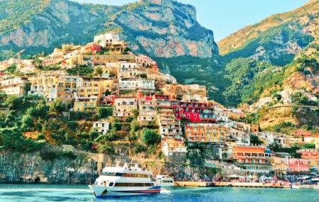 Baie de Naples : circuit 8j/7n en hôtels 4* + pension complète + excursions & vols