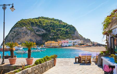 Italie, Île d'Ischia : vente flash, week-end 5j/4n en hôtel 4* vue mer + petits-déjeuners + vols, - 55%
