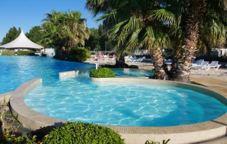 Languedoc, camping 4* : 8j/7n en mobil-home + piscine, proche de la plage, jusqu'à - 40%