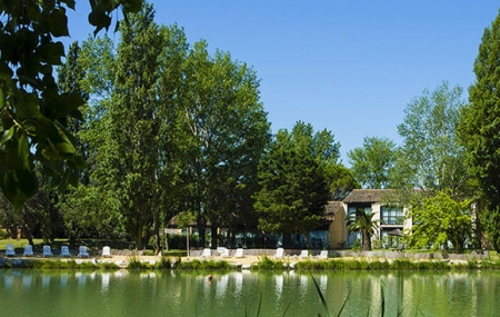 Camargue, Arles : vente flash week-end 2j/1n en hôtel-club 4* + formule tout inclus, - 59%