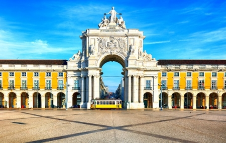 Lisbonne : vente flash, week-end 3j/2n en hôtel 4* + petits-déjeuners, - 62%