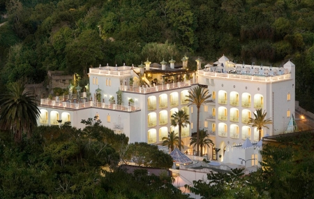 Île d'Ischia, Italie : vente flash, 4j/3n en hôtel & spa 5* + petits-déjeuners + vol de Paris