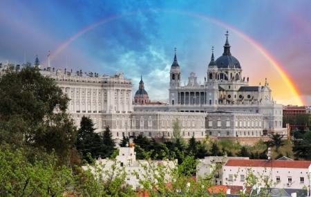Madrid : vente flash, week-end 3j/2n en hôtel 4* + petits-déjeuners, vols inclus, - 74%