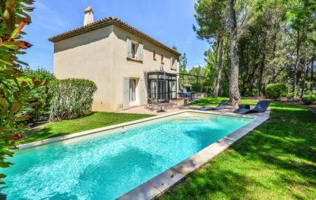 Maisons & villas, vacances d'été : 8j/7n en maison, offres modifiables, - 50%