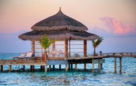 Maldives : séjour 10j/7n en hôtel 4* + demi-pension, transferts + vols inclus