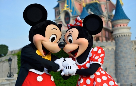Disneyland®Paris : vente flash, 2j/1n en hôtel 4* + petit-déjeuner + entrée au parc, - 30%