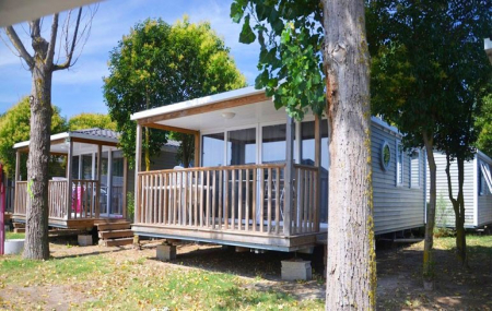 Languedoc, camping 4* : vente flash, 8j/7n en mobil-home proche plage, - 35%
