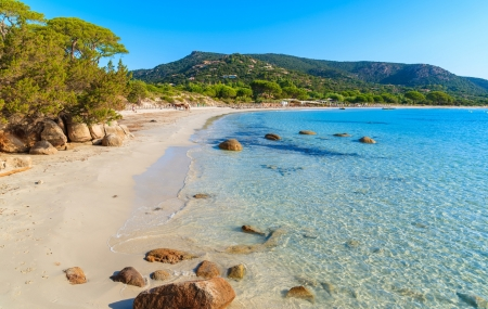 Campings 3 & 4* Corse : locations 8j/7n en mobil-homes