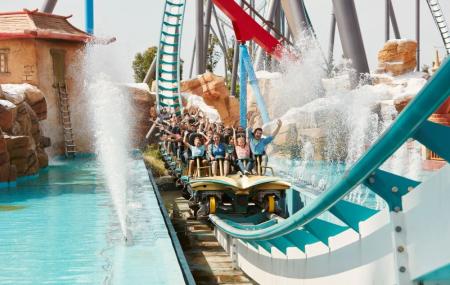 PortAventura World : week-end 2j/1n en hôtels du Parc avec accès aux 2 parcs