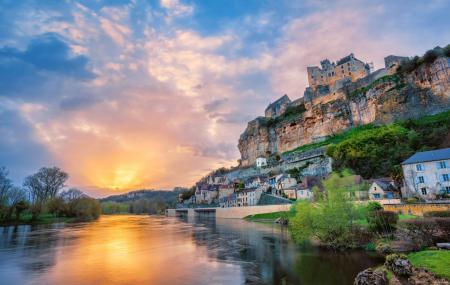 France : enchères,  1 à 7 nuits en hébergement 4* en Provence, proche Paris, Sud-Ouest...