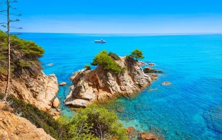 Costa Brava : week-end 4j/3n en hôtel 4* proche plage + demi-pension + vols, - 75%