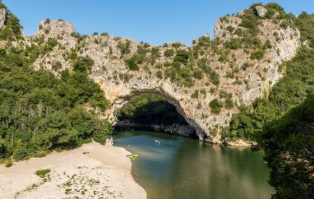 Ardèche : campings 8j/7n en mobil-home ou bungalow, dispos dernière minute & été, - 70%