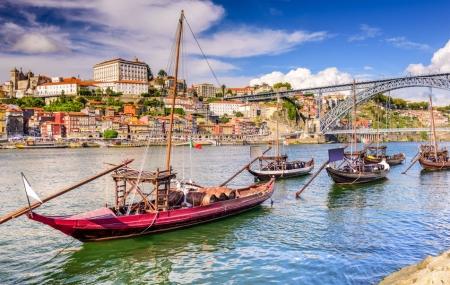 Lisbonne à Porto : circuit aux enchères, 8j/7n en hôtels 3 & 4* + demi-pension & vols