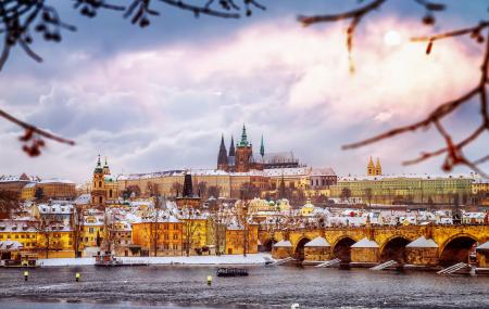 Prague : vente flash, week-end 3j/2n en hôtel 4* + petits-déjeuners + spa + vols , - 78%