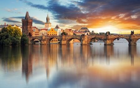 Prague : vente fash, week-end 3j/2n en hôtel 4* + petits-déjeuners, - 79%