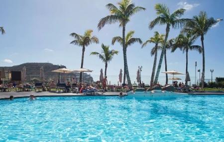 Canaries : séjour 8j/7n en hôtel 3* + demi-pension + vols