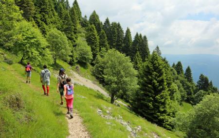 Fiches et cartes des randonnées de France selon votre positionnement