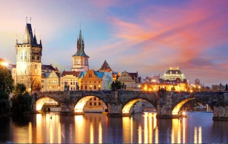 Prague : vente flash, week-end 3j/2n en hôtel 4* + petits-déjeuners + vols, - 65%