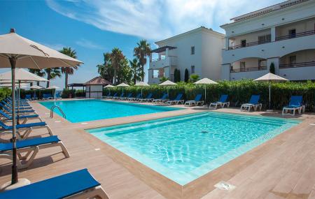 Promos vacances d'été : locations 8j/7n à la mer, montagne... Annulation gratuite, - 30%