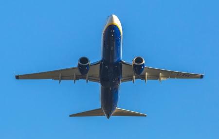 Vols low-cost : billets d'avion vers la France et l'Europe dès 9,99 €
