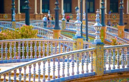 Andalousie:  vente flash autotour 6j/5n, hôtels 4* + petits-déjeuners & location de voiture + vols
