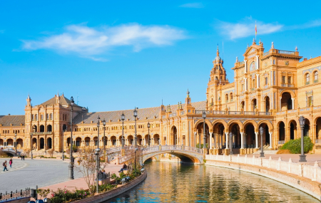 Andalousie : autotour 6j/5n en hôtel 4* + petits-déjeuners + loc. voiture + vols, - 57%