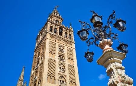Séville : vente flash, week-end 3j/2n en hôtel central + petits-déjeuners + vols, - 67%