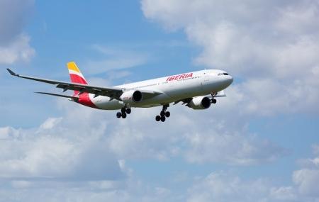Iberia : vols vers Valence, Ténérife, Ibiza, Iles Canaries... à partir de 119 € AR/pers.