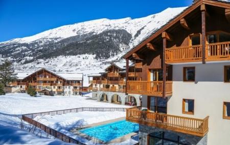 Ski : locations 8j/7n avec piscine au pied des pistes + forfait