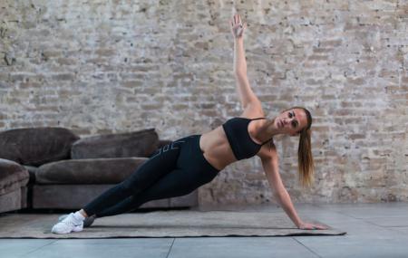 Cours de training gratuits : 15 min par jour de HIIT, stretching, fitness...