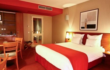 Strasbourg : 2j/1n en hôtel 4*, petit-déjeuner & dîner + croisière, dispos marché de Noël