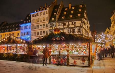 Strasbourg, marché de Noël : enchères, week-ends en bateau-hôtel