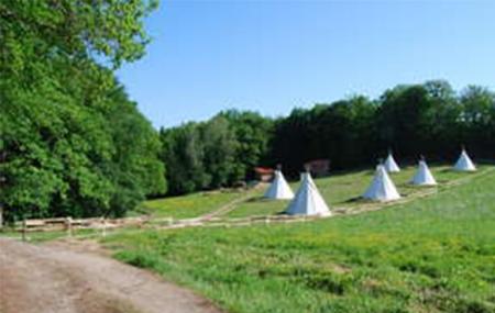 Auvergne : week-end insolite 2j/1n en tipi + petit-déjeuner