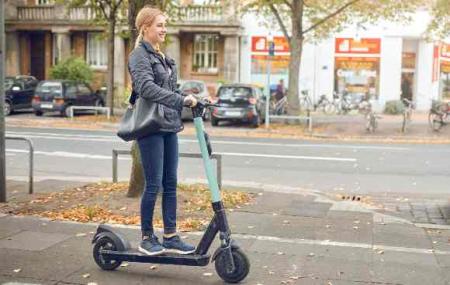 Trotinettes, trotinettes électriques, vélos, vélos électriques : petits prix
