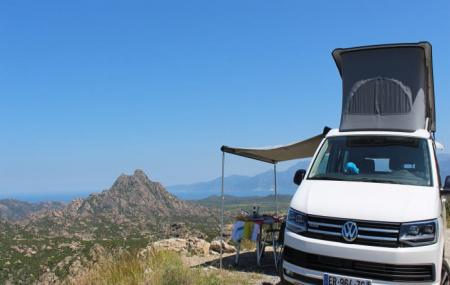 Corse, circuit : autotour 8j/7n en van 4/5 personnes, vols en option