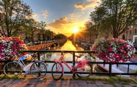 Amsterdam : enchère, week-end 2j/1n en hôtel 4* + accès spa