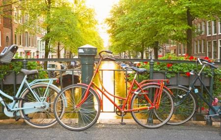 Amsterdam : vente flash, week-end 3j/2n + petit-déjeuners + vols, - 79%