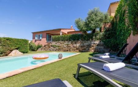 Villas et maisons, été : locations 8j/7n en villa avec piscine, jusqu'à - 50%