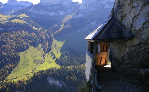 10 restaurants situés dans des endroits sensationnels - Aescher Wasserauen