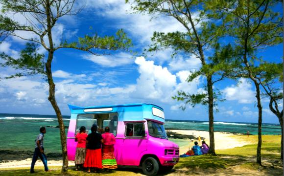 10 raisons de partir à l'Île Maurice en basse saison - Éveillez vos papilles avec ces spécialités culinaires !