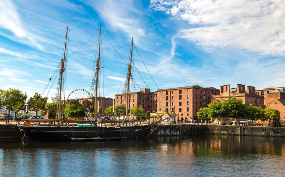10 voyages à faire entre copines - Liverpool la rebelle