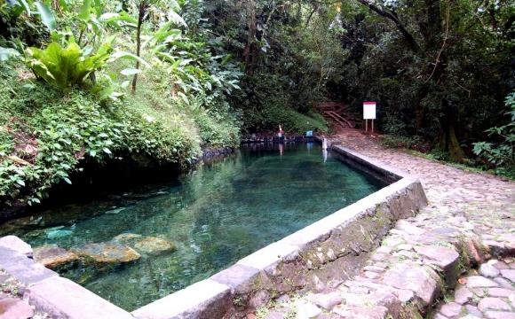 Les 10 plus belles sources d'eaux chaudes du monde - Les Bains chauds de Matouba en Guadeloupe