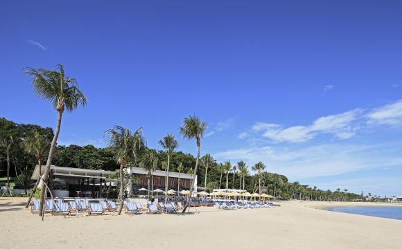 Les 10 plus beaux bars sur la plage - Tanjong beach club à Sentosa