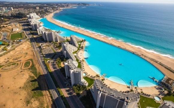 Les 10 plus grandes piscines du monde - La piscine Algarrobo à San Alfonso Del Mar